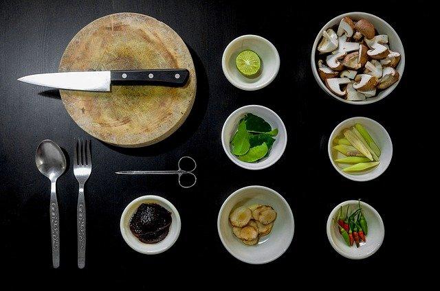 připravené přísady k vaření