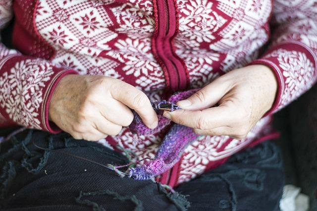 ruce při pletení