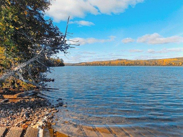 jezero na podzim.jpg