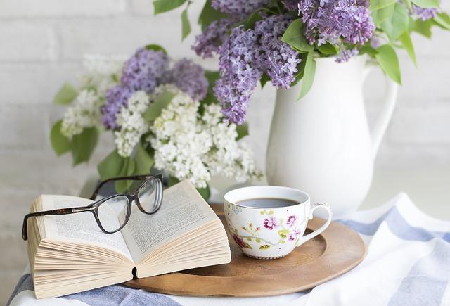 čaj u knihy